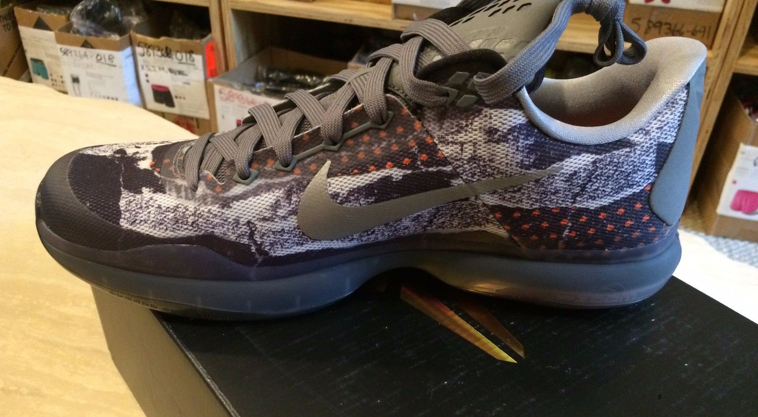 Your Best Look Yet at the  Pain  Nike Kobe 10s  2e9df8c81