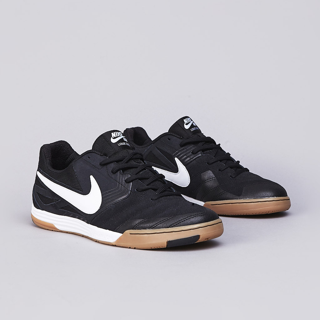 Nike SB Lunar Gato in black white gum