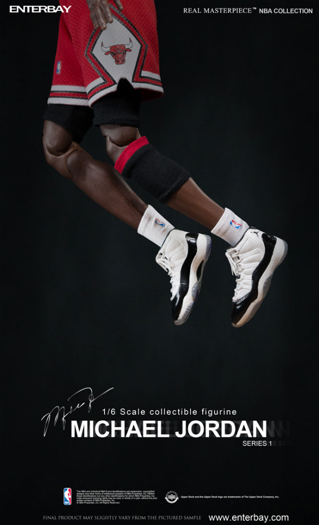 NBA x Enterbay Michael Jordan 1/6 Scale 'Away' Figure (2)