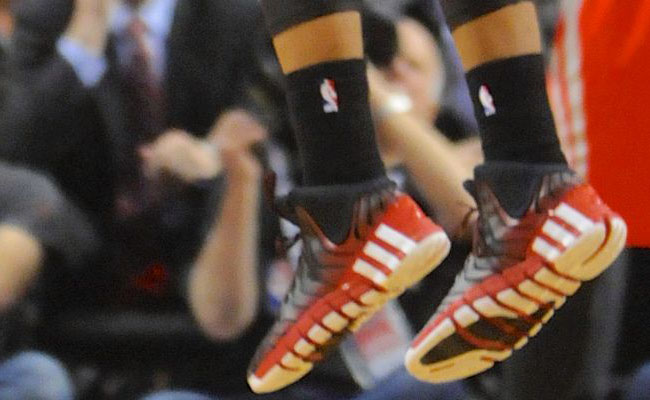 Damian Lillard Ends Series with Game-Winning Three in adidas Crazyquick 2 (5)