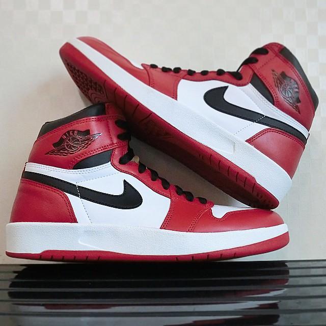 finest selection 94b9d 4cbf7 Air Jordan 1.5 Chicago 768861-601 (2)