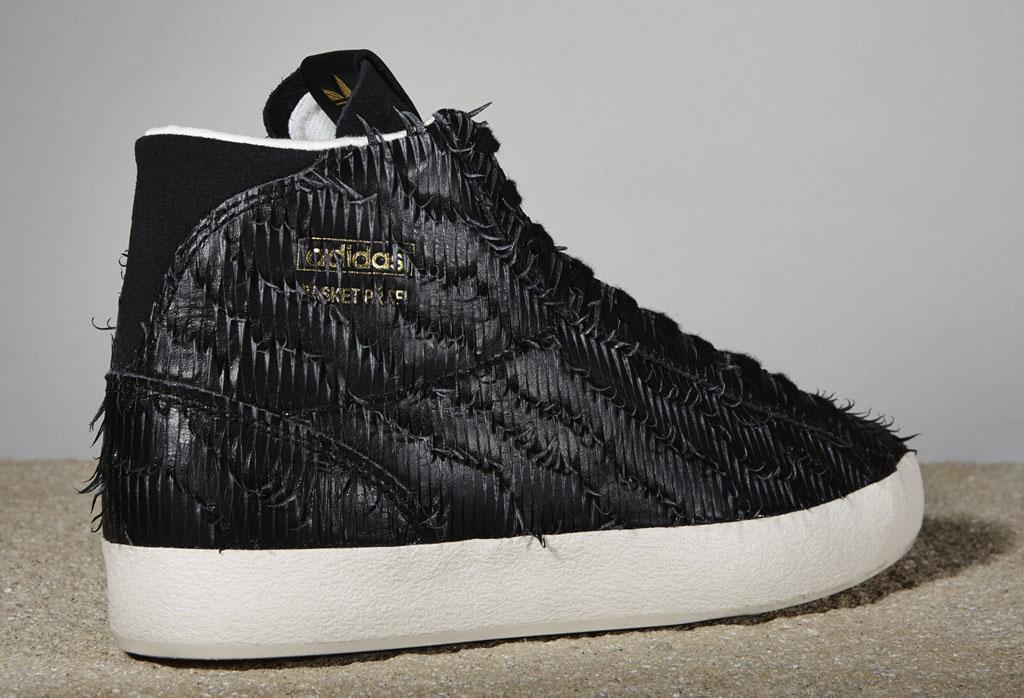 adidas Originals Women's Luxury Sneaker
