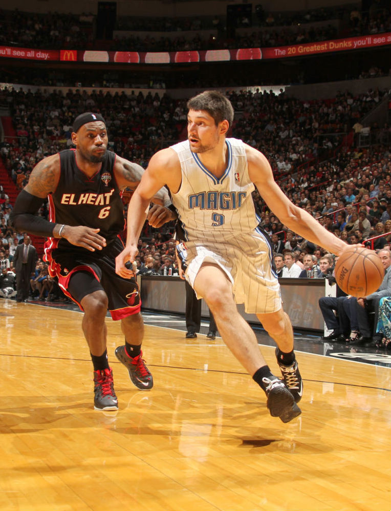 Nikola Vucevic wearing Nike Zoom Soldier VI; LeBron James wearing Nike LeBron X PE