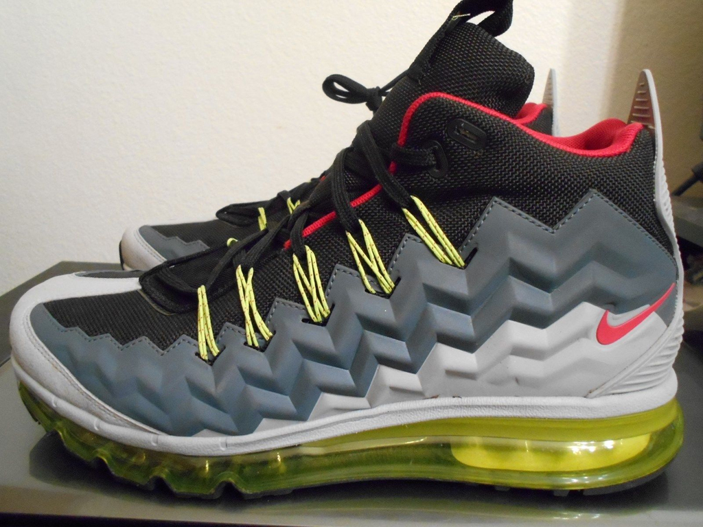 the nike air max 95 almost went mid in 2014 sole collector. Black Bedroom Furniture Sets. Home Design Ideas
