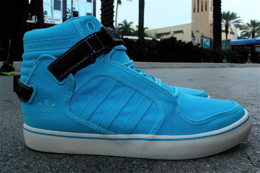 Adidas Originals Adi-Rise Mid - Super Cyan