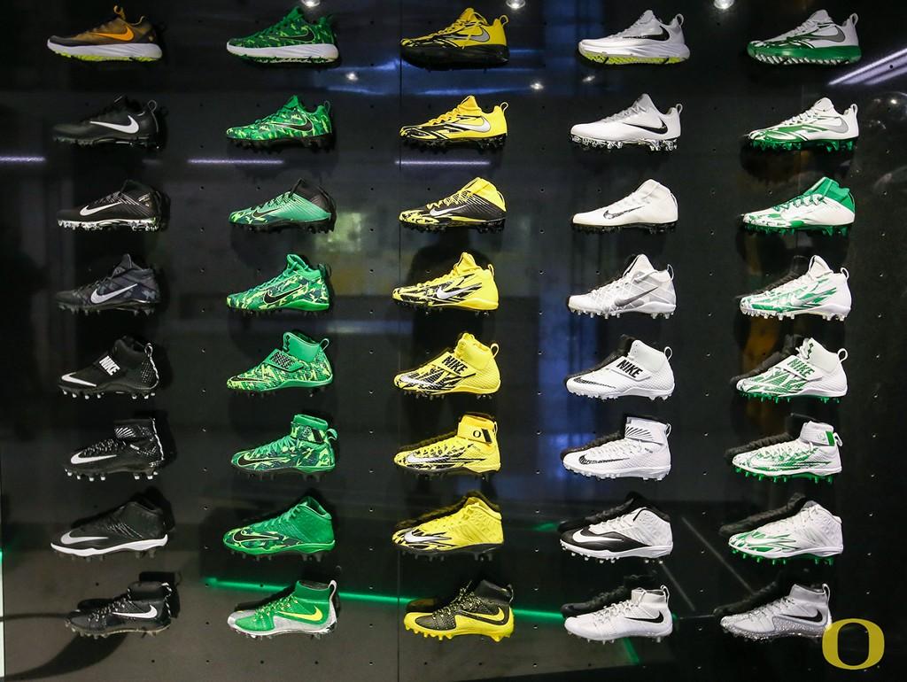 Nike Oregon Ducks football cleats