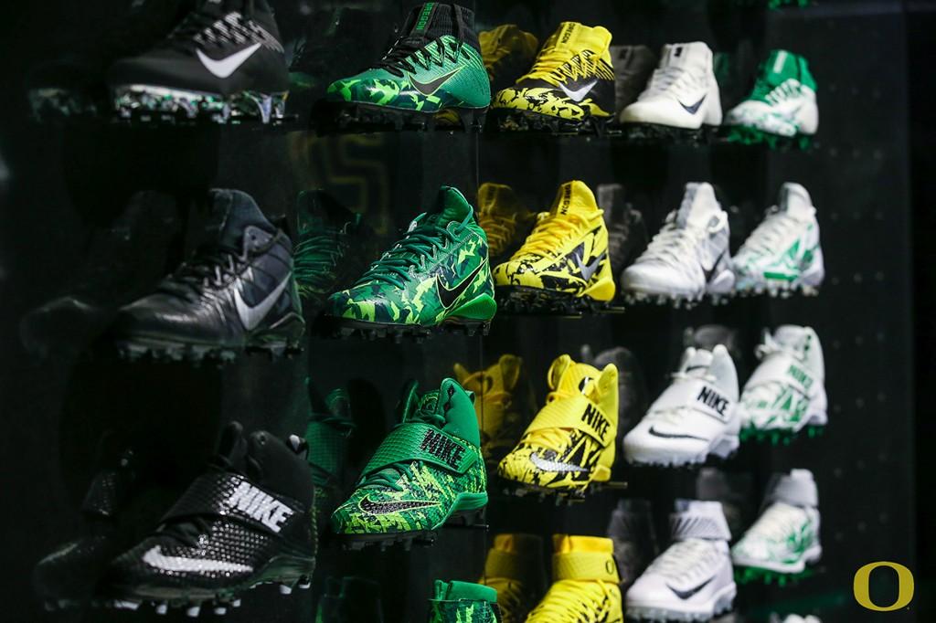 Oregon Ducks Nike Football Cleats