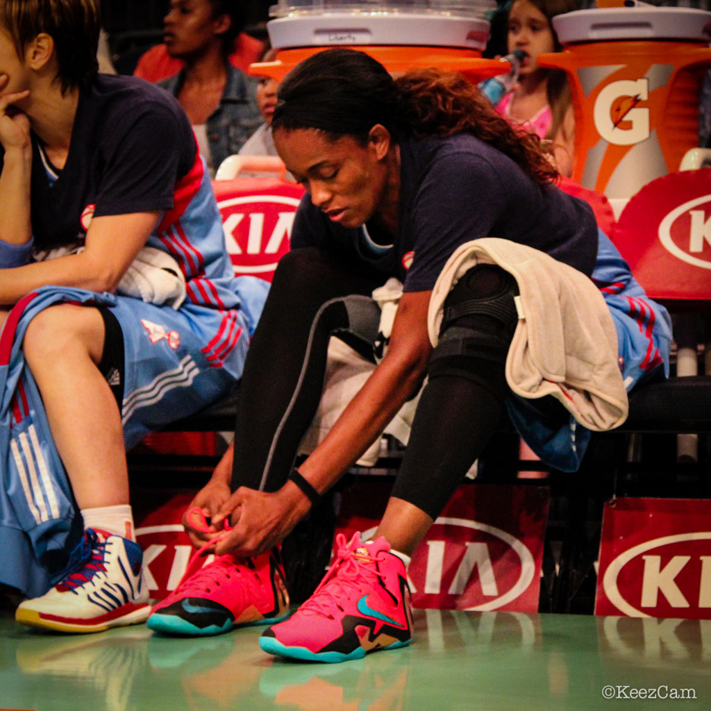 Swin Cash wearing Nike LeBron XI 11 Elite Hero (1)