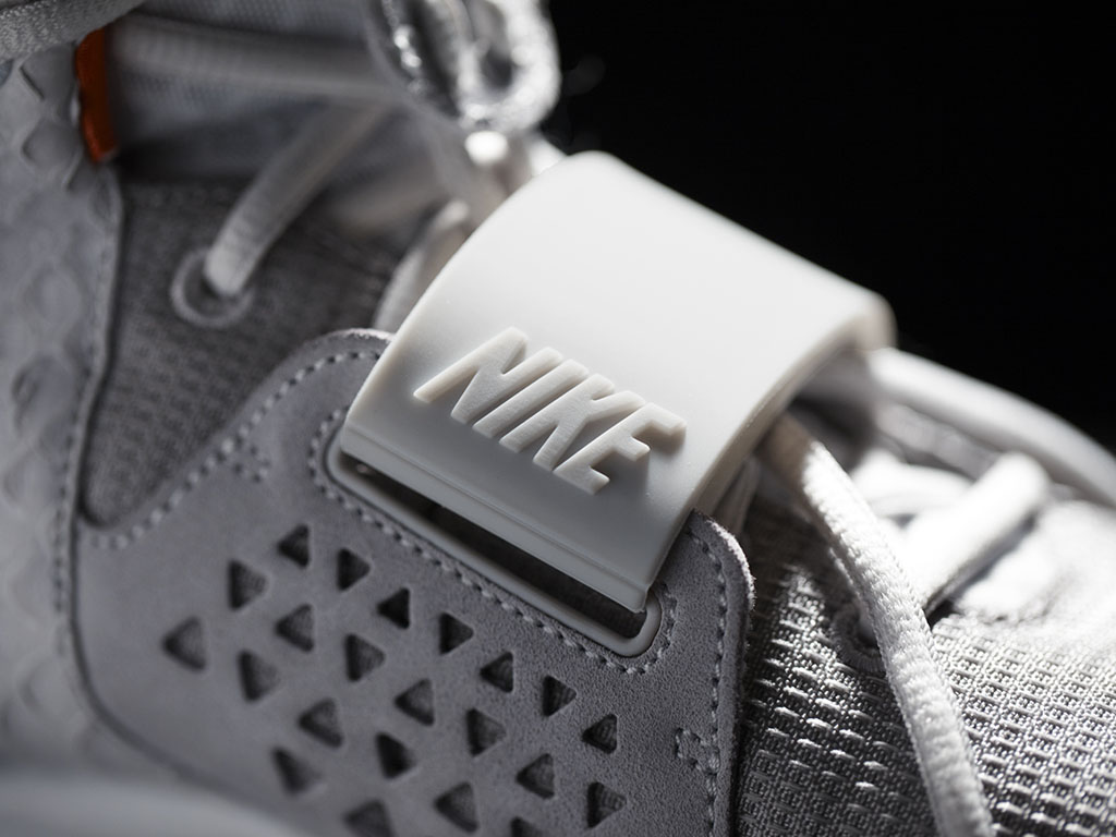 Nike Air Yeezy II Platinum Official Photos (4)