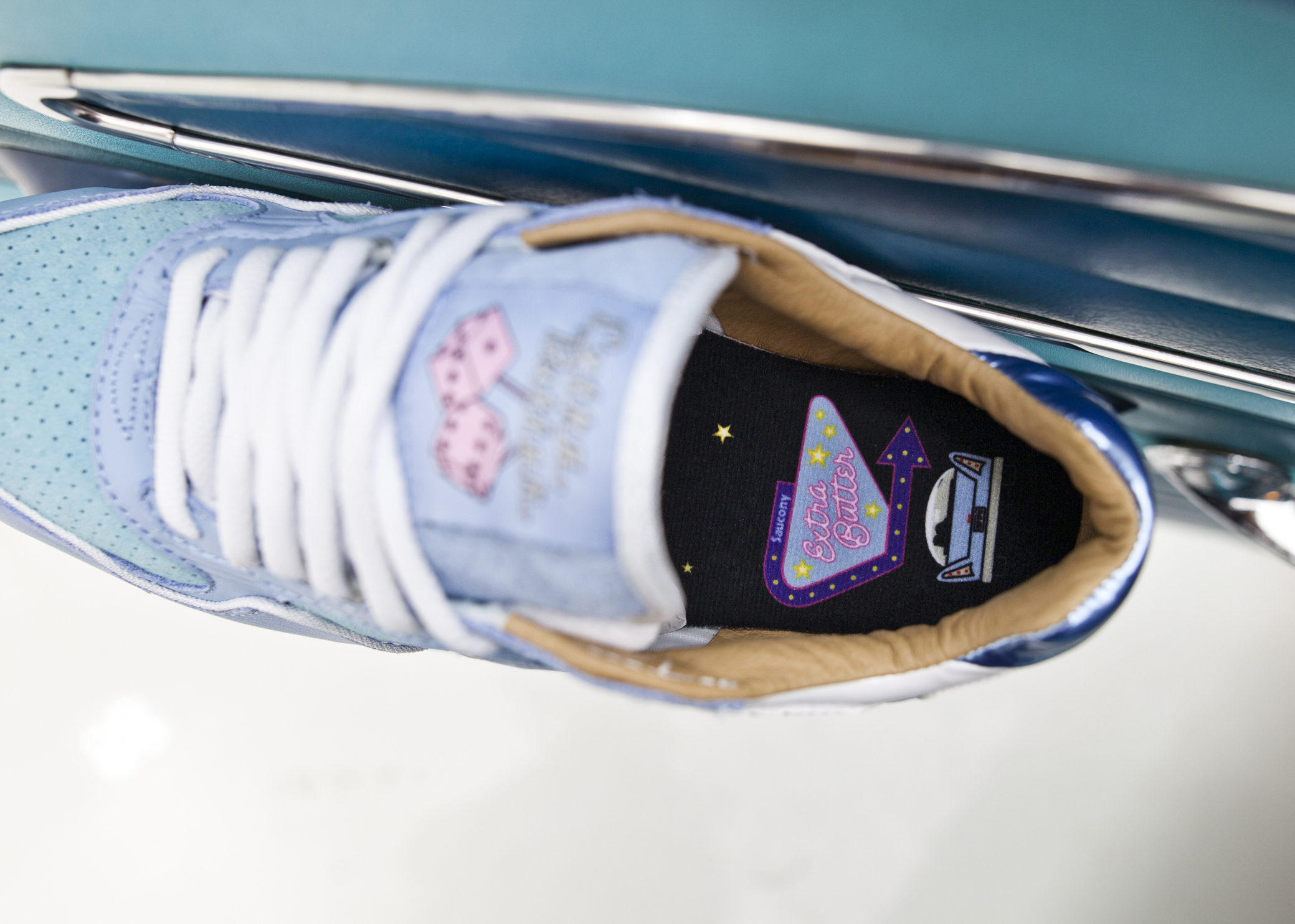 076592db9 Image via Extra Butter Extra Butter Saucony EBFTP Top