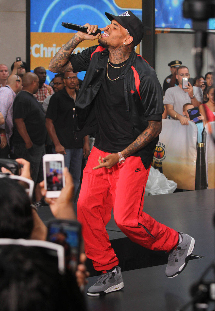 Chris Brown Wearing Cool Grey Air Jordan IV 4 Retro (7)