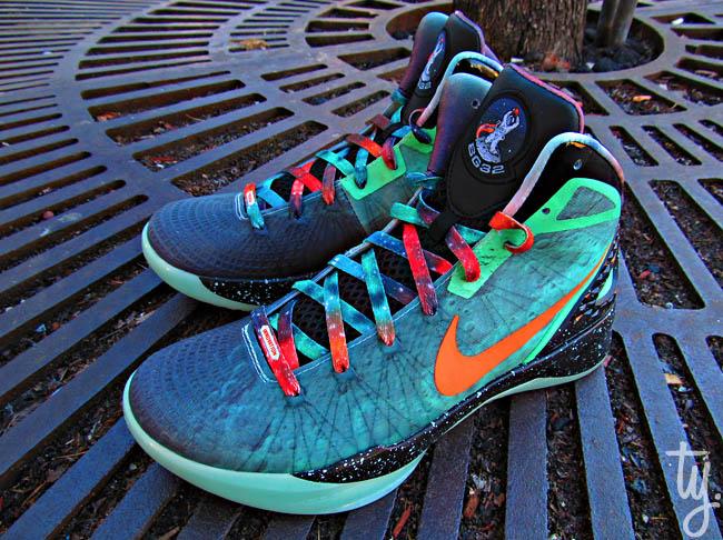 5ce6f66b18ef Nike Zoom Hyperdunk 2011 Supreme - Blake Griffin