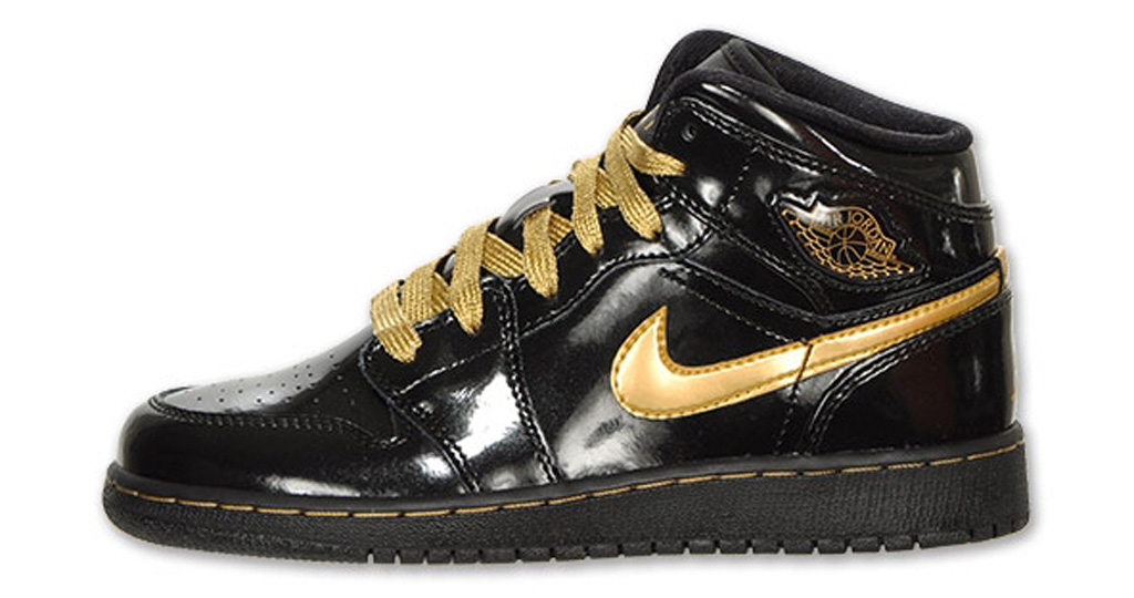 check out 5045c 330dc Shoe  Girls  Air Jordan 1 Phat Colorway  Black   Metallic Gold Year  2012