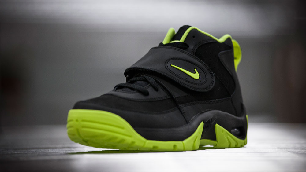 Nike Air Mission Black/Volt (8)