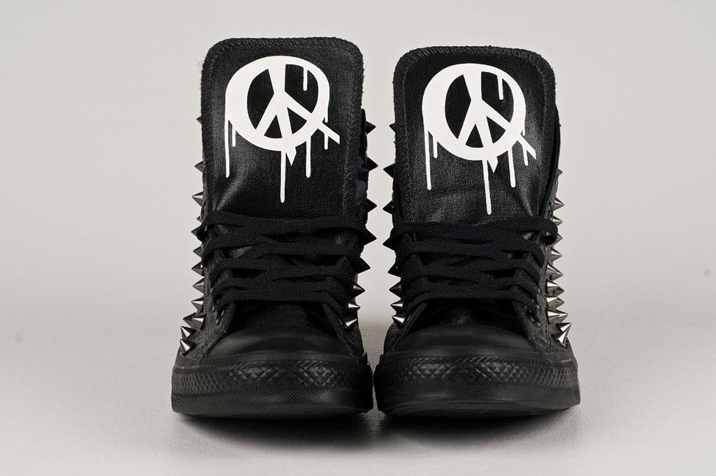 920921423833 Brush Footwear x Converse Chuck Taylor All Star for Wiz Khalifa Studded (1)