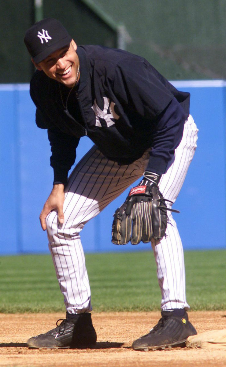 Derek Jeter Wearing an Air Jordan 14 PE