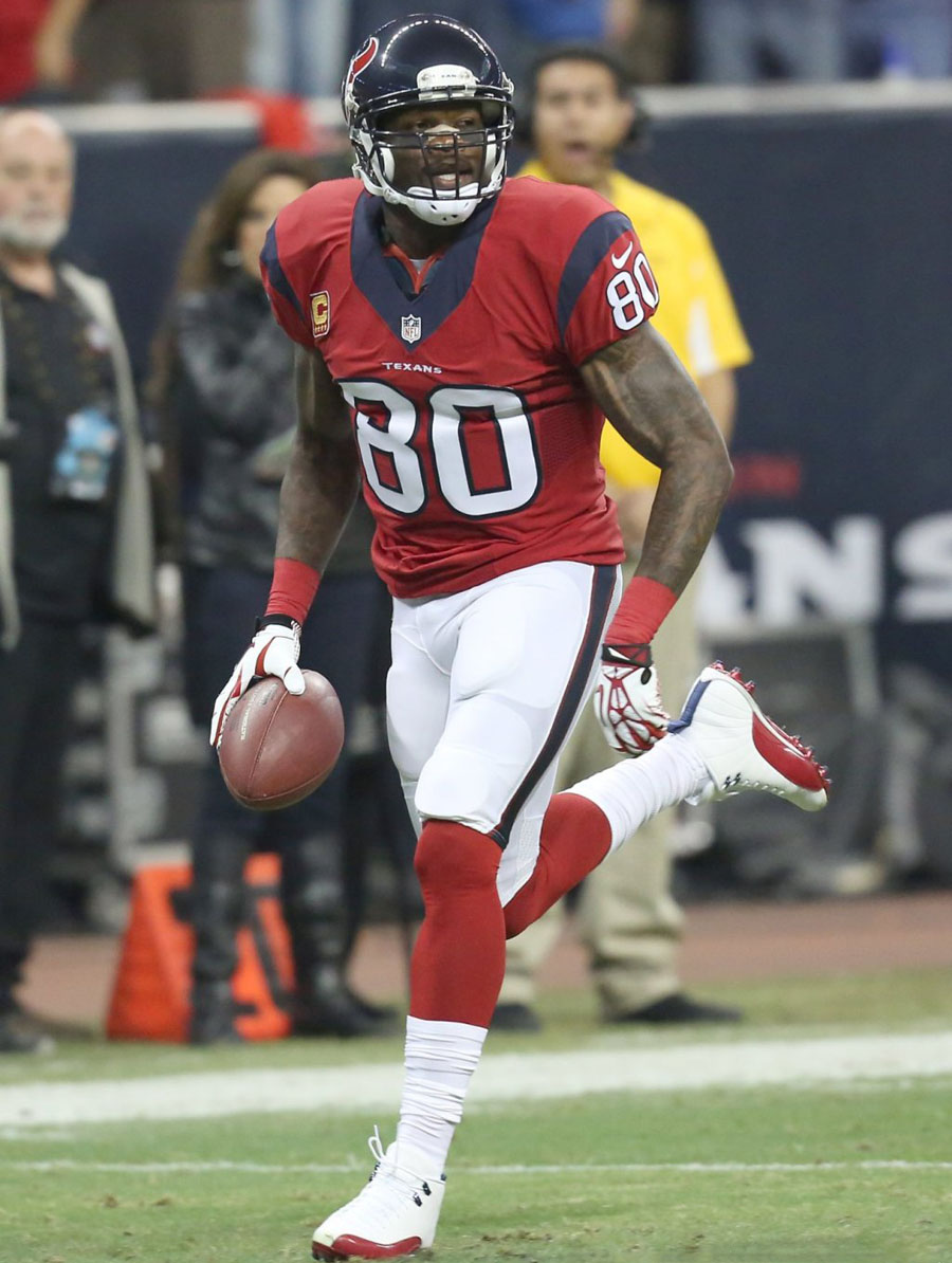 Andre Johnson Wearing Air Jordan 12 XII White/Red PE Cleats (3)