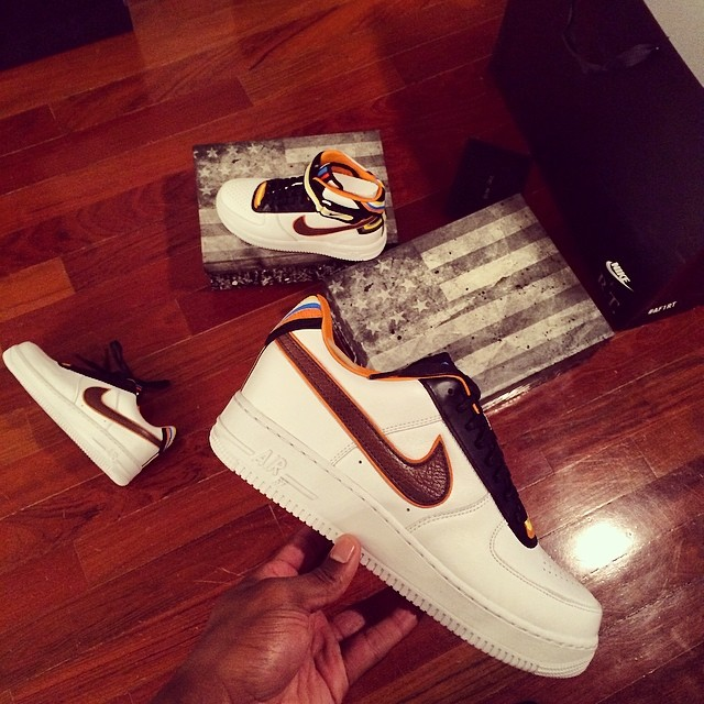 Victor Cruz Picks Up Nike Air Force 1 RT