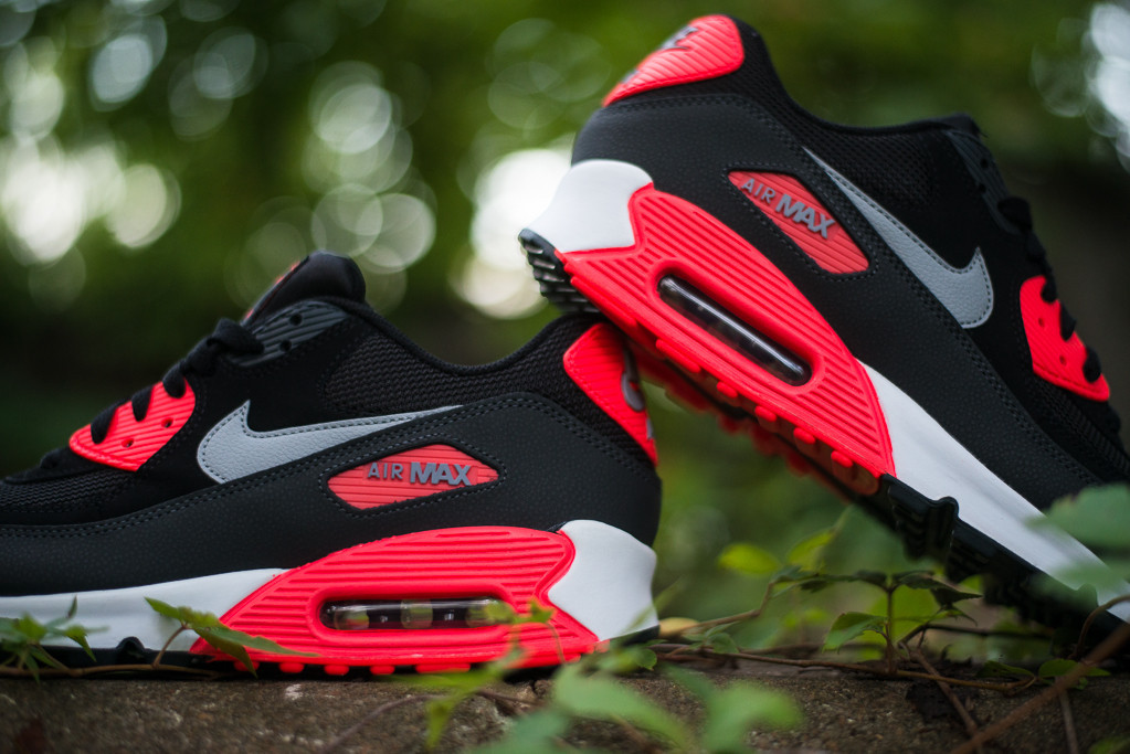 sports shoes c4a51 6d6a1 Nike Air Max 90 Essential -  Black   Wolf Grey - Atomic Red - Black