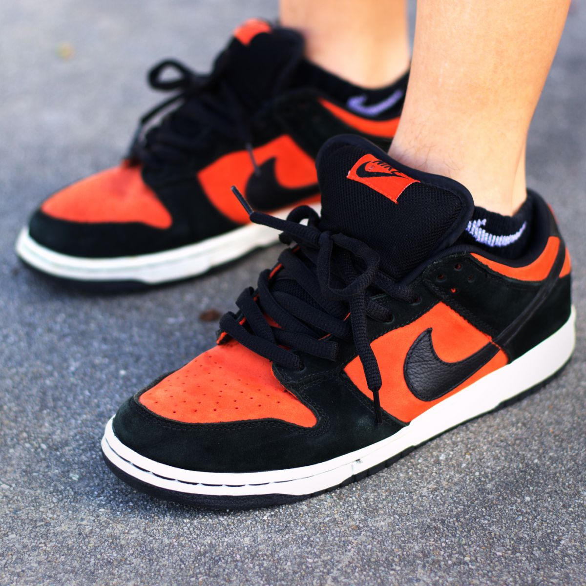 Nike SB Dunk Low 'Flash'