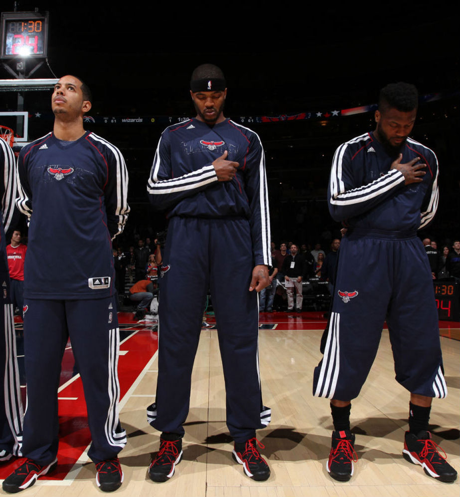 Atlanta Hawks wearing adidas Top Ten 2000 Black Red