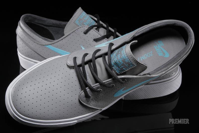e331787d59dc Nike Zoom Janoski - Light Charcoal   Gamma Blue