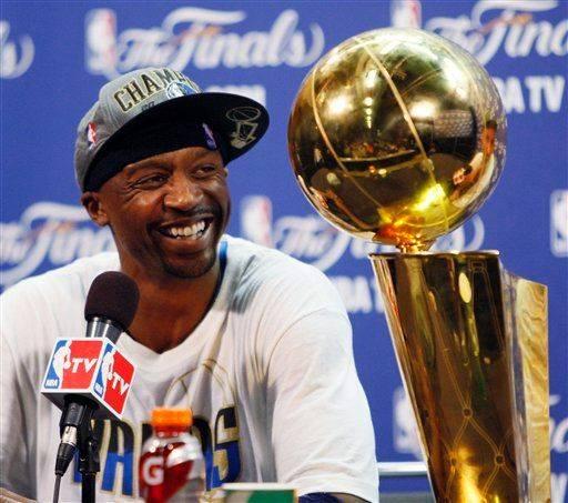 "... 2011 NBA Playoff Special Reebok Zig Slash Jason ""JET"" Terry Edition  Jason  Terry Auctioning Off NBA Finals Game 6 Reebok Zig Slash PE ... c4fce1f67"