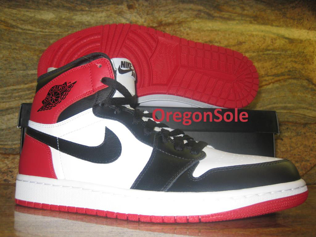 Air Jordan Retro I 1 High OG Black Toe 555088-184 (1)