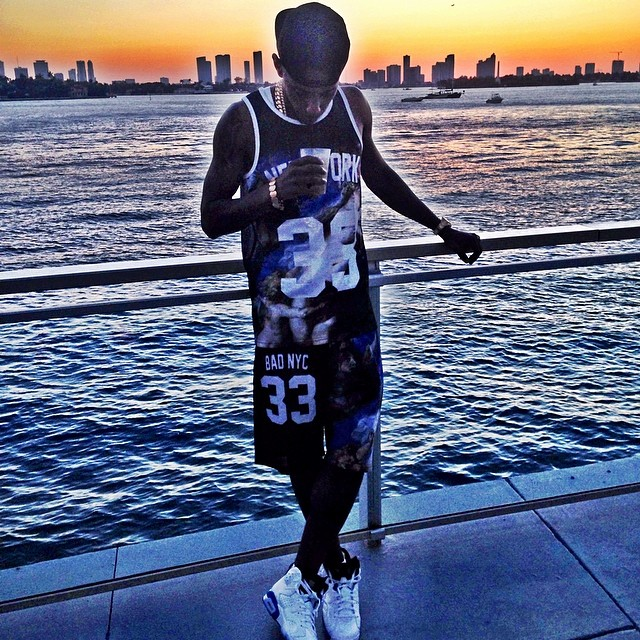 Fabolous wearing Air Jordan VI 6 Sport Blue