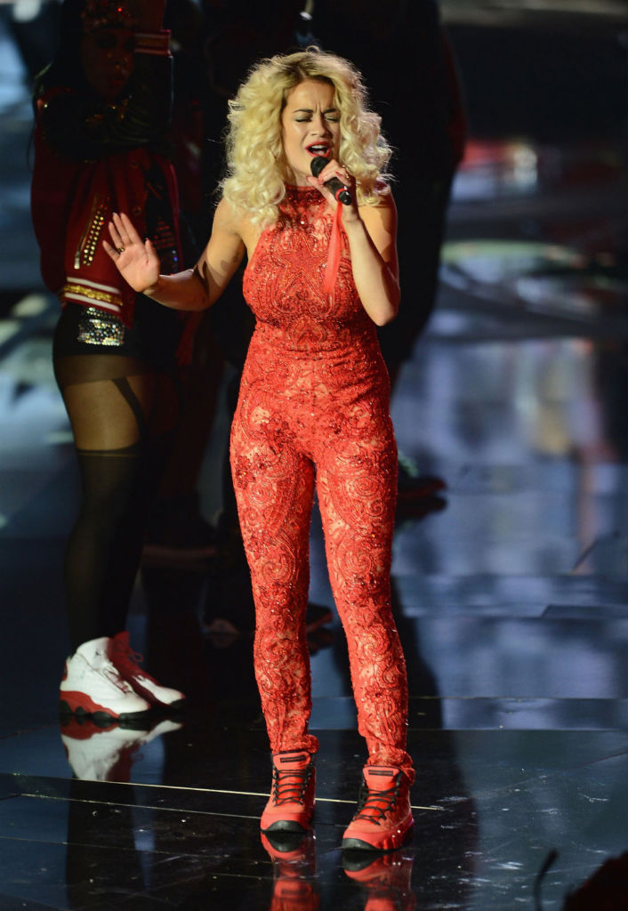 Rita Ora wearing Air Jordan IX 9 Motorboat Jones (5)