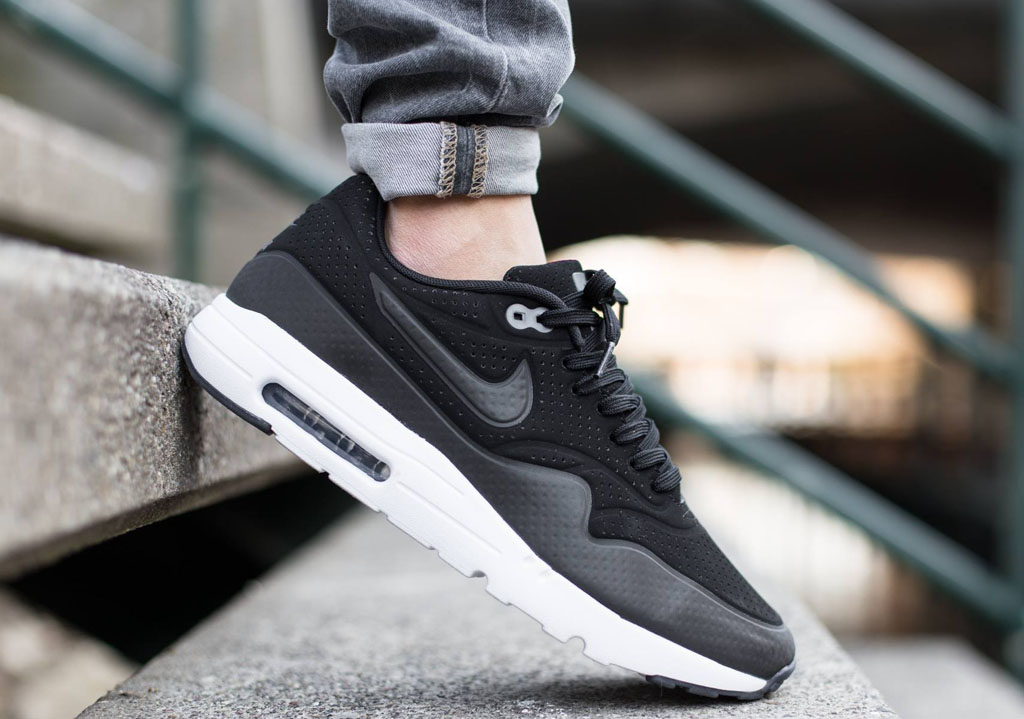 Nike Air Max 1 Ultra Moire Black White
