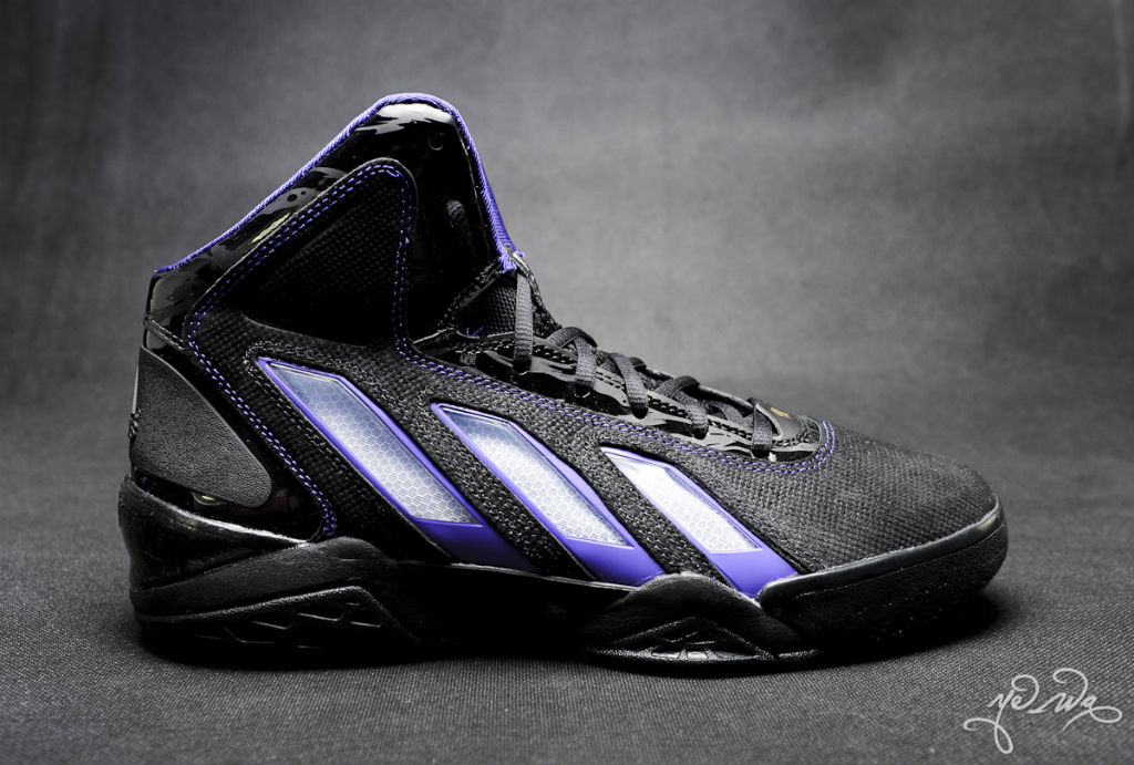 online retailer ae92d 777b8 adidas adiPower Howard 3 Lakers Away (4)