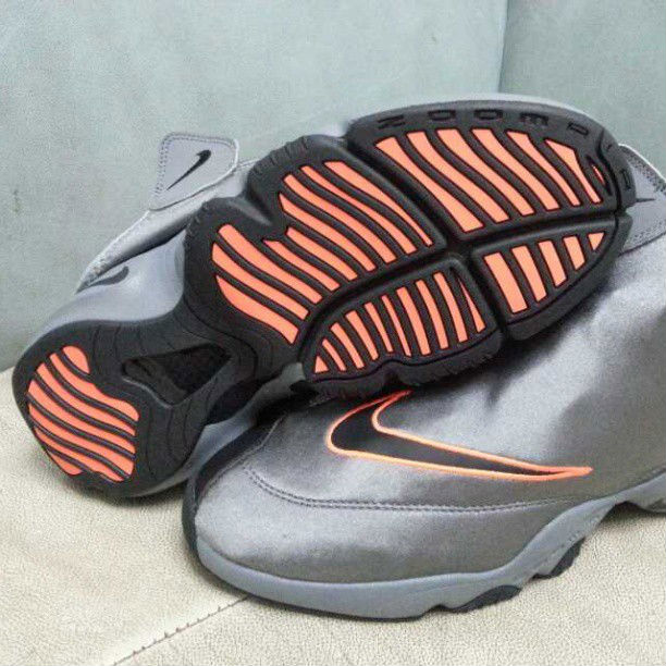 8e9d630813484 Online Nike Zoom Flight The Glove Cool Grey Black-Total Orange 6 ...