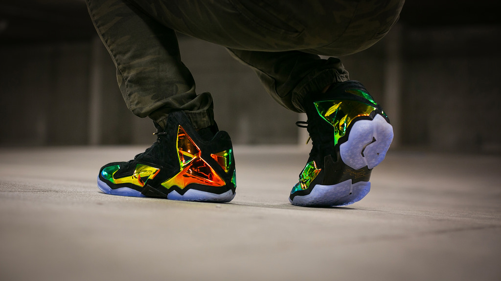 Nike LeBron 11 EXT 'King's Crown'