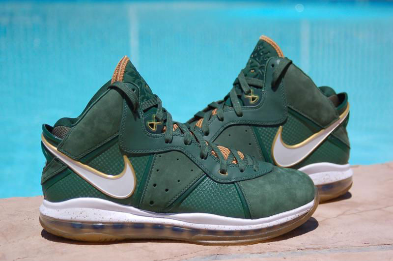 Spotlight // Pickups of the Week 8.4.13 - Nike LeBron 8 SVSM Away by theSYNDICATE