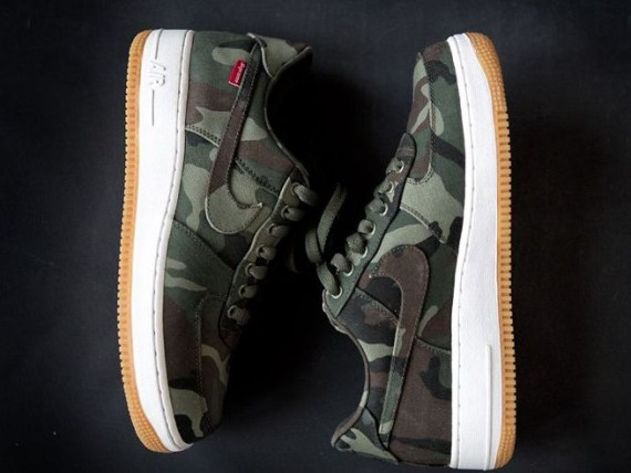 9421ce84cd Supreme x Nike Air Force 1 Low - 30th Anniversary - Camo | Sole ...