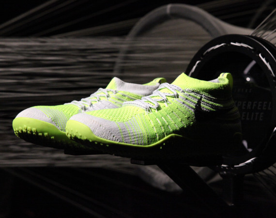 Nike Free Hyperfeel Trainer in volt and white