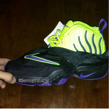 Nike Zoom Flight The Glove BlackPurpleVolt Sole Collector  Sole Collector