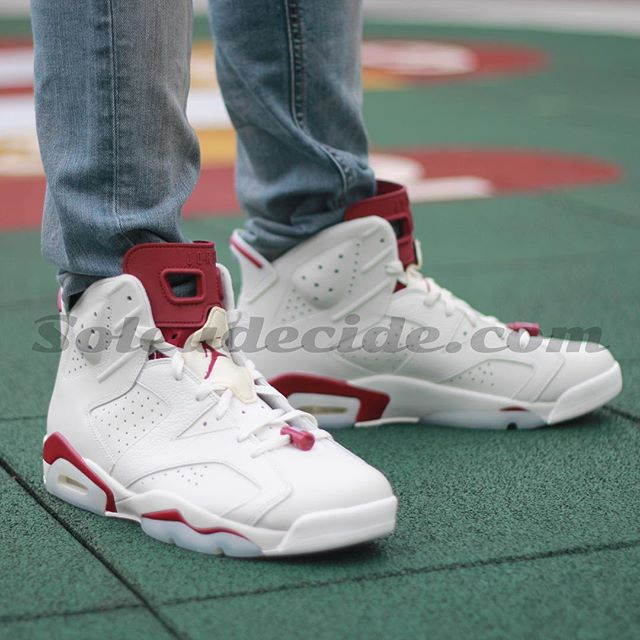 Air Jordan 6 Maroon On-Foot 384664-116 (2)