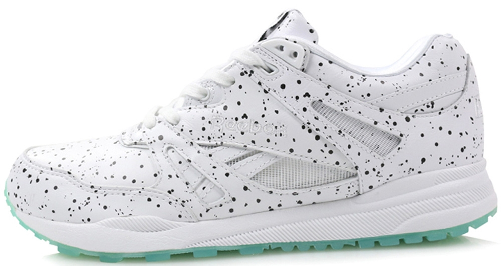 Reebok Ventilator Women's White/Black-Mint Glo