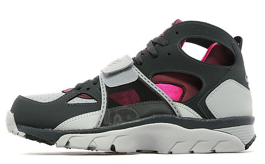 60e12447b283 Burgundy and Pink Accent This OG Nike Air Trainer Huarache