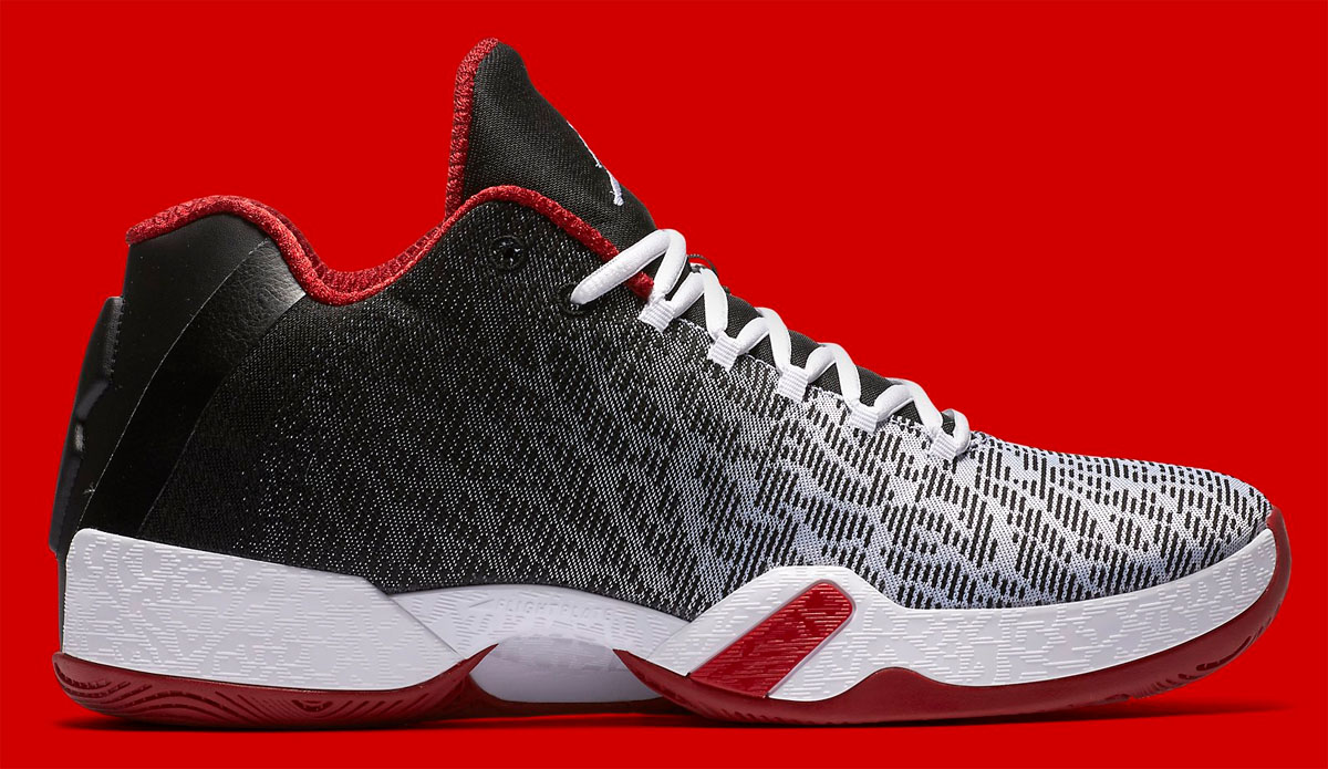 217770d21cf606 The Air Jordan XX9 Low Surfaces In Bulls Colors