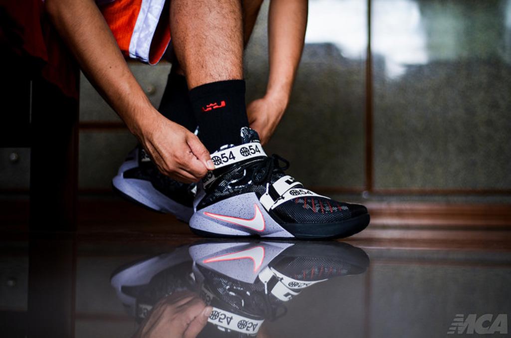 best website 75880 8e39e Shoe  Nike Zoom LeBron Soldier 9 LTD  Quai54  ...