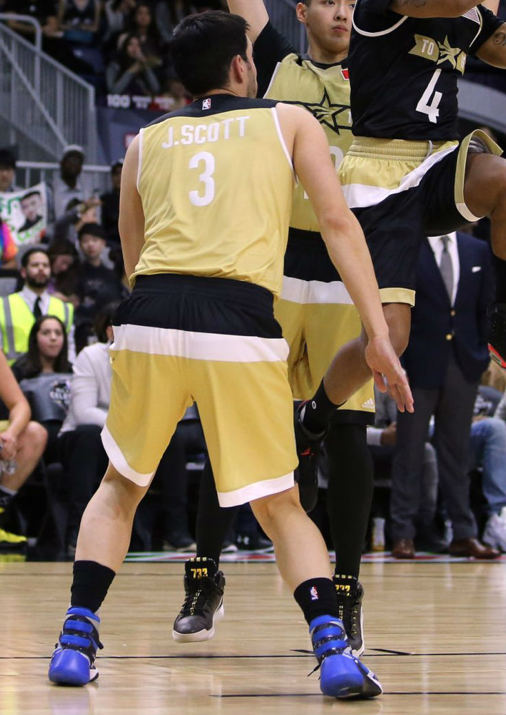 Jonathan Scott Wearing the Nike Hyperdunk 2015