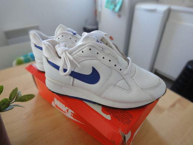 Spotlight // Pickups of the Week 1.5.13 - Nike Leather Grail White Ultramarine by kza.one