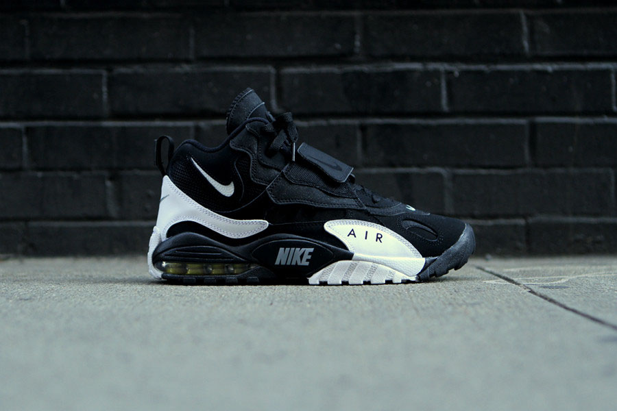 8ef100c369 Nike Air Max Speed Turf - Black/White-Voltage Yellow | Sole Collector