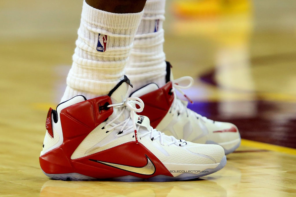 LeBron James wearing Nike LeBron XII 12 White/Red-Silver PE on December 23, 2014