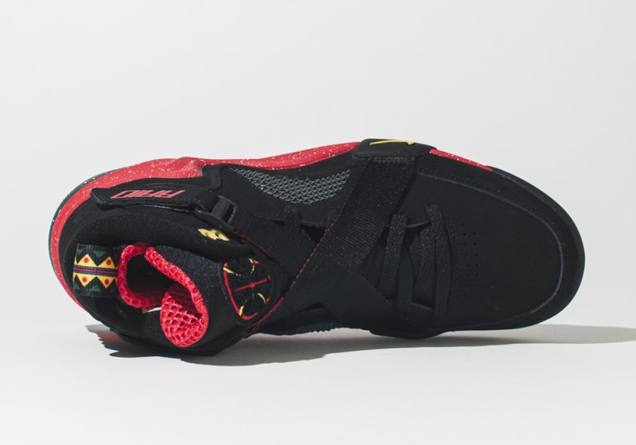 Stay tuned to Sole Collector for further details on the arrival of the Lunar  Raid by Nike Sportswear. 7db964f853