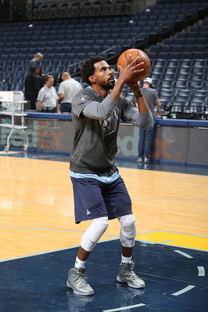 Mike Conley Wearing the Battle Grey Air Jordan 31 Shot