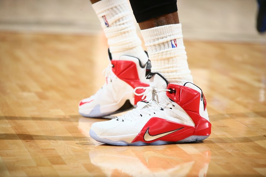 LeBron James wearing Nike LeBron XII 12 White/Red-Silver PE (1)